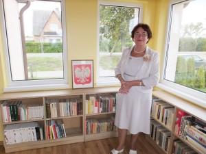 Wędziagolanka Halina Pečiulienė, chociaż dziś mieszka w Kownie, cieszy się, że w jej rodzinnym miasteczku otwarto polską bibliotekę